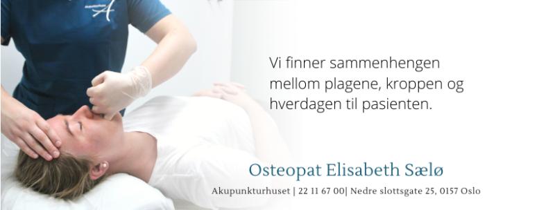 Oteopat Elisabeth som behandler kjevesmerter ved å massere muskulatur. Tekst: Vi finner sammenhengen mellom plagene, hverdagen og kroppen til pasienten.